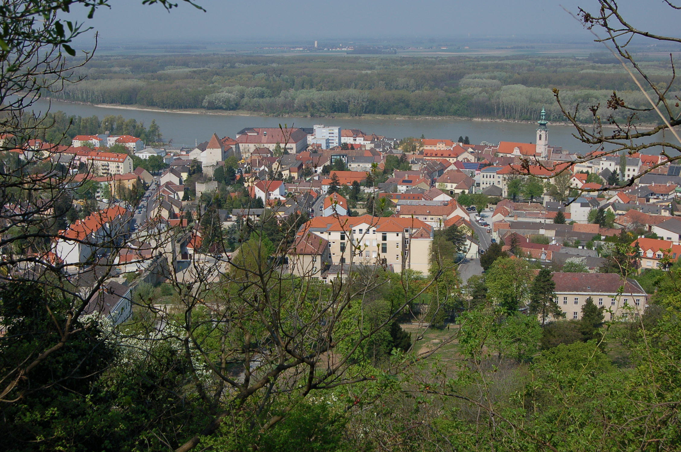Hainburg Austria  city photos : Hainburg 05 Wikimedia Commons