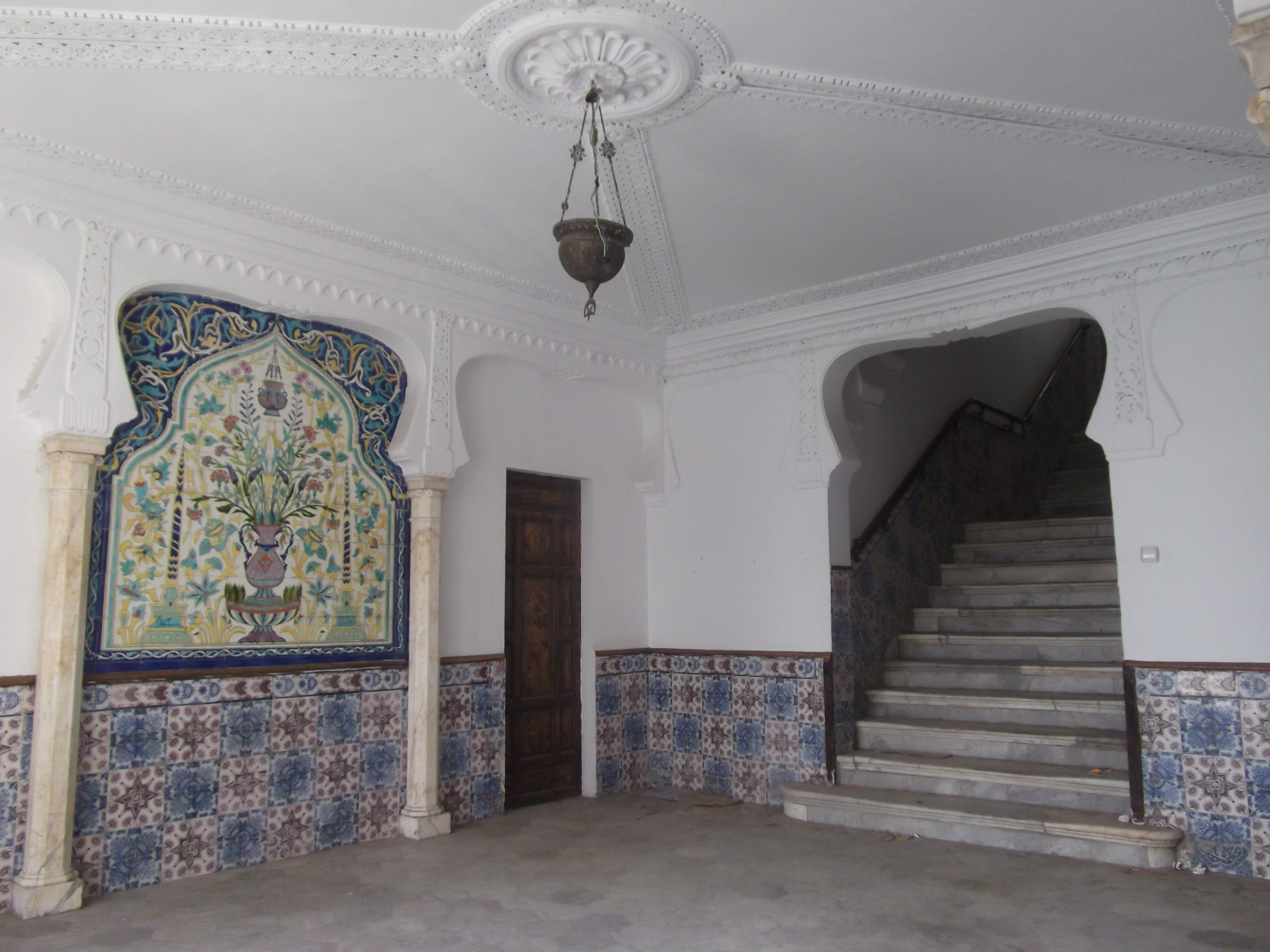 File hall interieur du palais hassan pacha alger for Interieur algerie