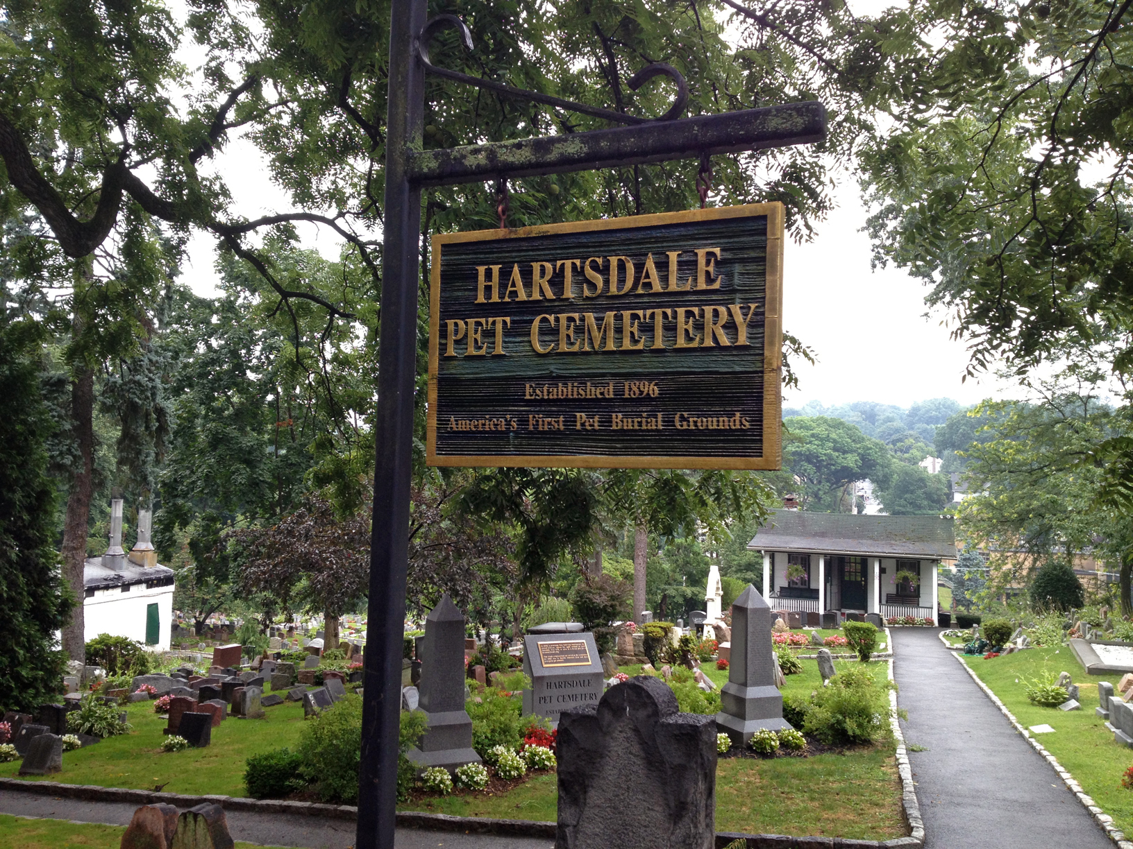 hartsdale dating Although the company does not yet have a firm date, the eatery is set to open in   the hartsdale location will be the second shake shack in.
