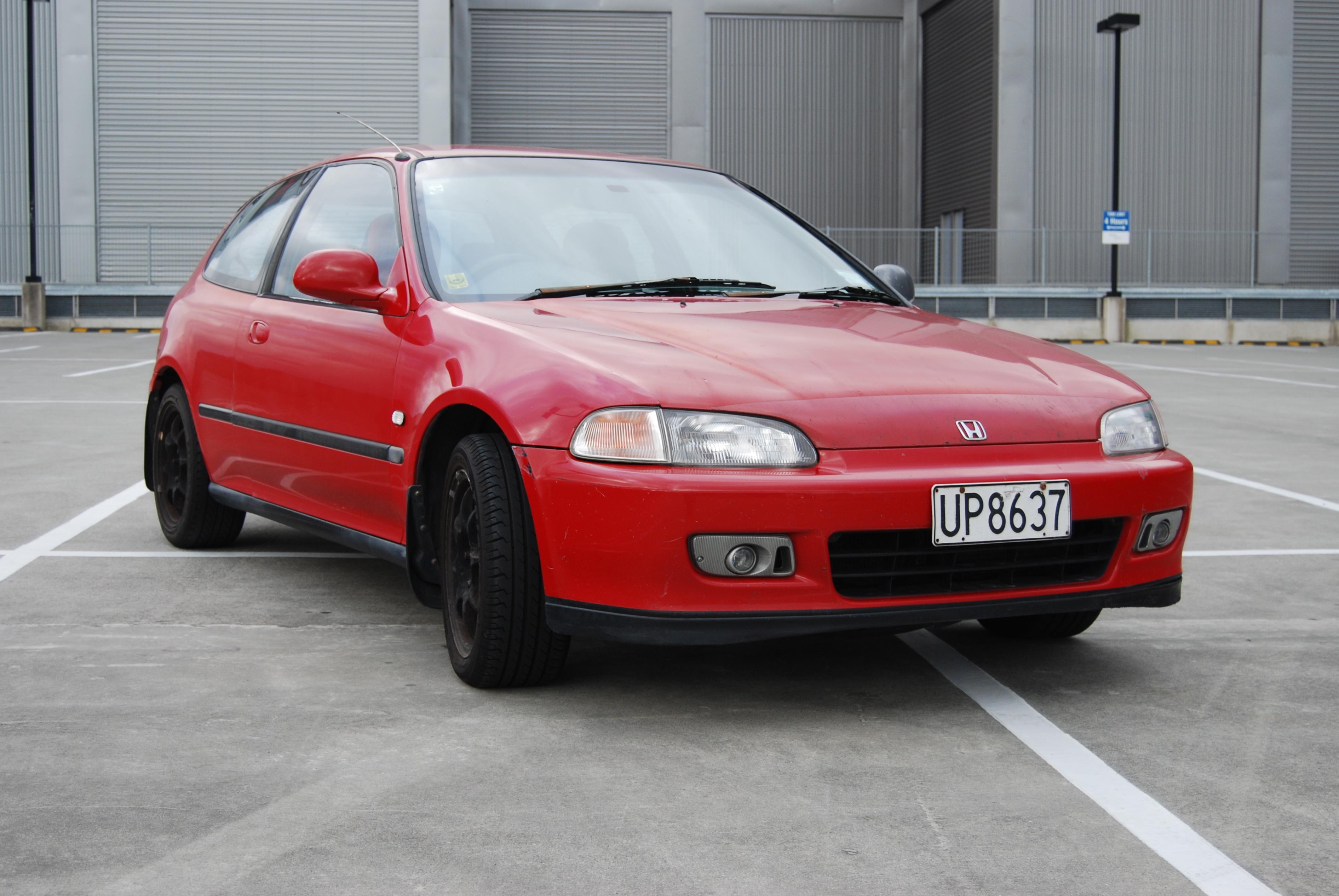 File:Honda Civic GTi 1994 red.jpg - Wikimedia Commons on 1994 toyota civic, jdm civic, white ej8 civic, b16 civic, turbocharged civic, h22 civic, b18c1 civic, concave rims civic, red 95 civic, matte black 2003 civic, 1994 ricer civic, black cherry civic,