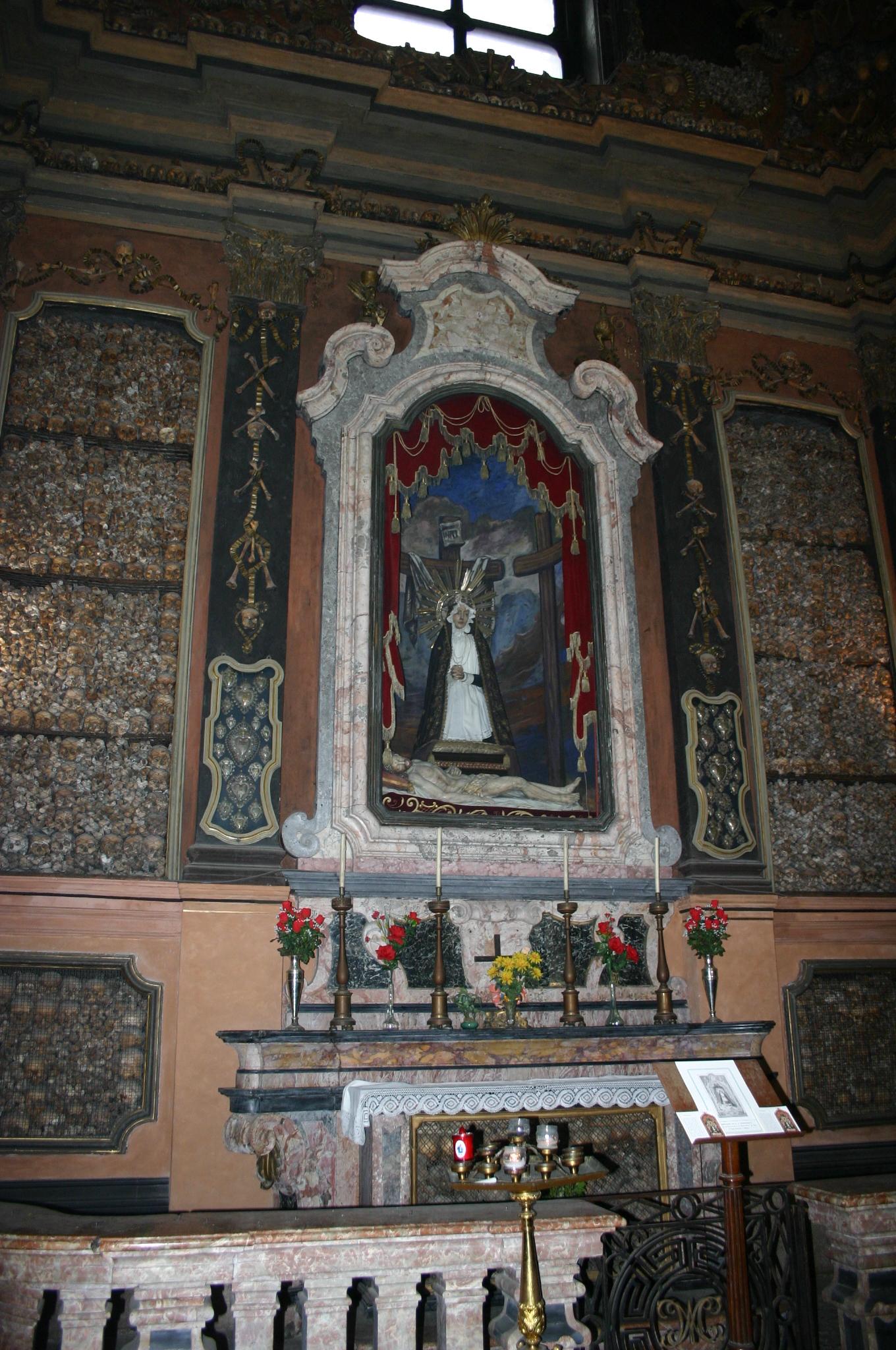 File Img 5813 Milano Ossario Di San Bernardino Alle Ossa