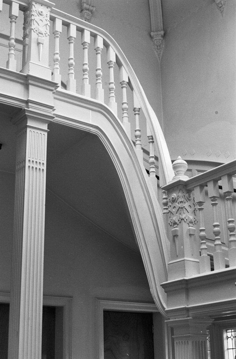 File interieur trap tussen bordes begane grond en eerste verdieping zeist 20221536 rce - Interieur trap ...