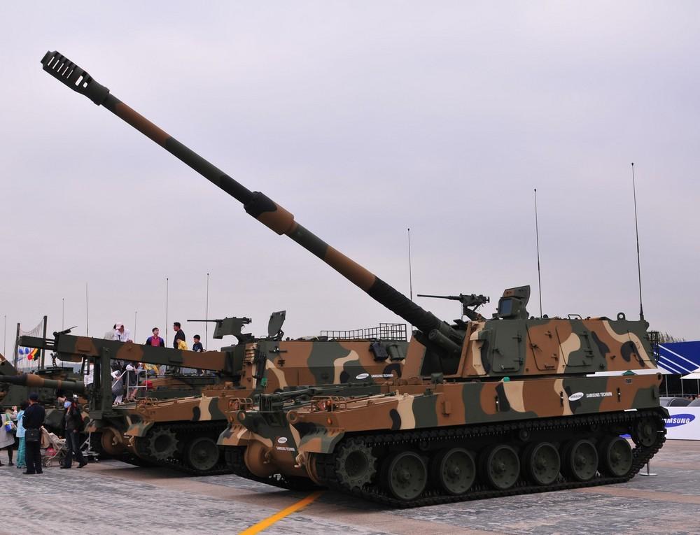 ثمرة التعاون الصناعى العسكرى المصرى الكورى الجنوبى ، تصنيع المدفع الكورى K-9 Thunder K-9thunder