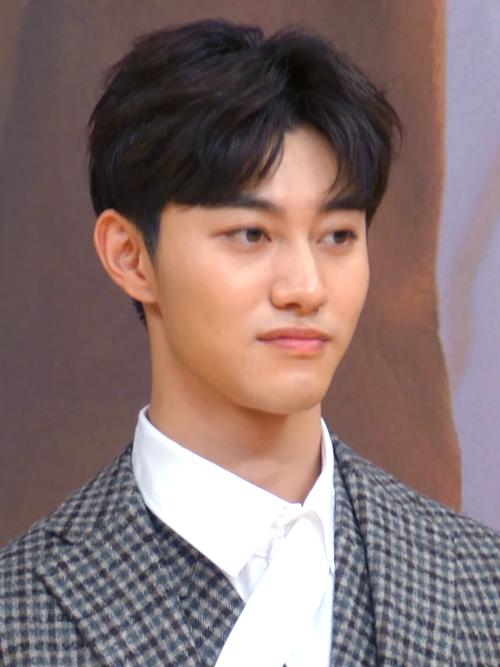 Kwak Dong-yeon - Wikipedia
