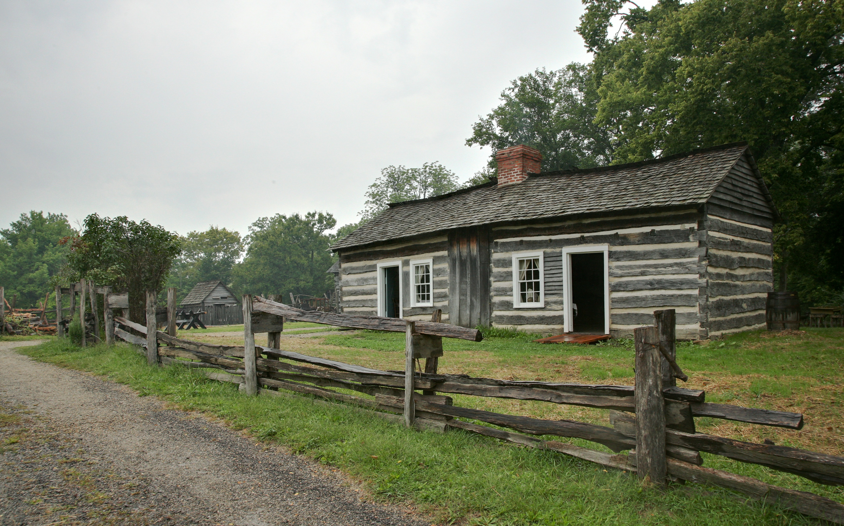 Very Impressive portraiture of Lincoln Log Cabin State Historic Site with #4E5F32 color and 2853x1779 pixels