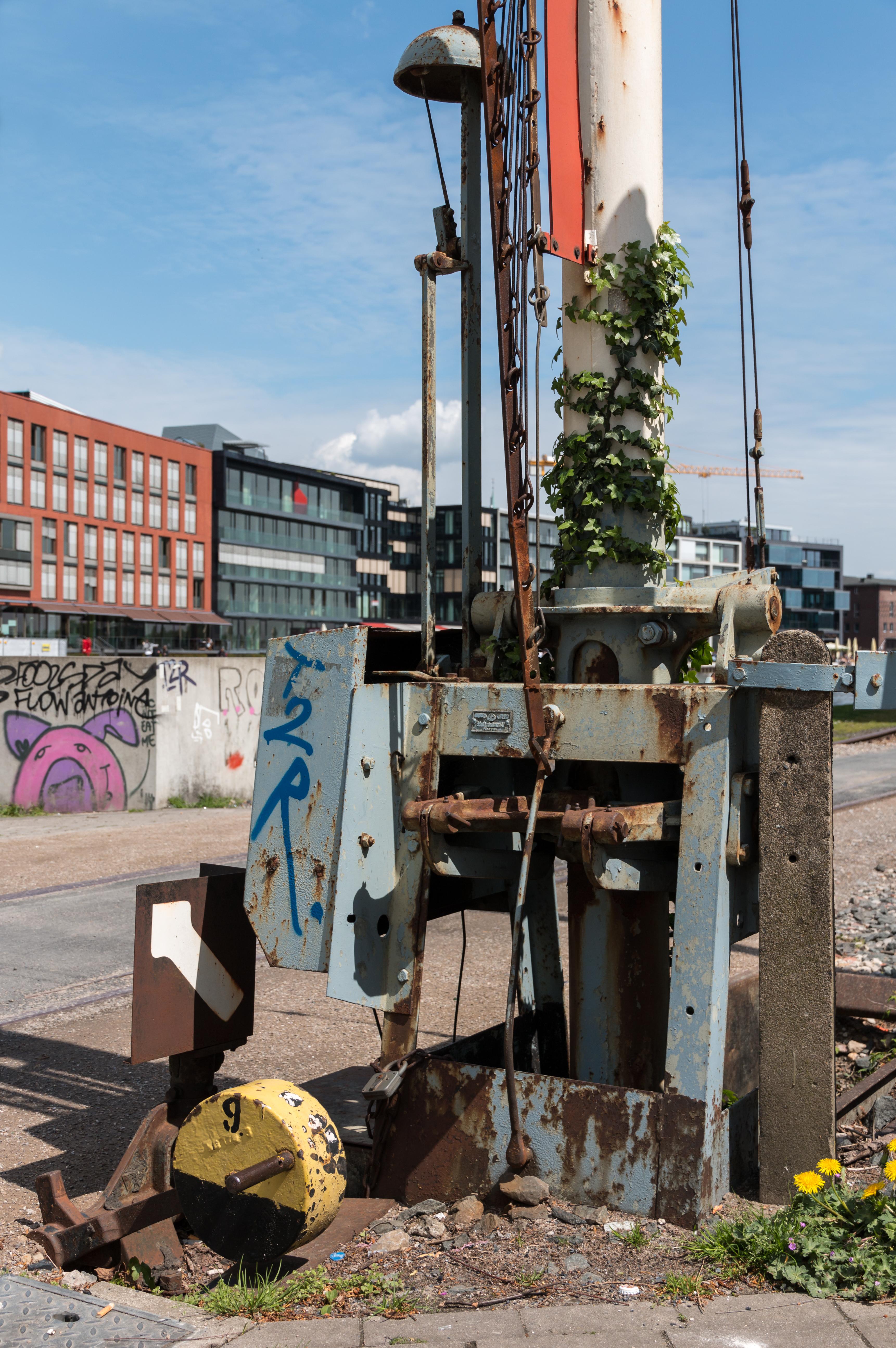 File:Münster, Alte Schranke im Hafen -- 2015 -- 5812.jpg ...