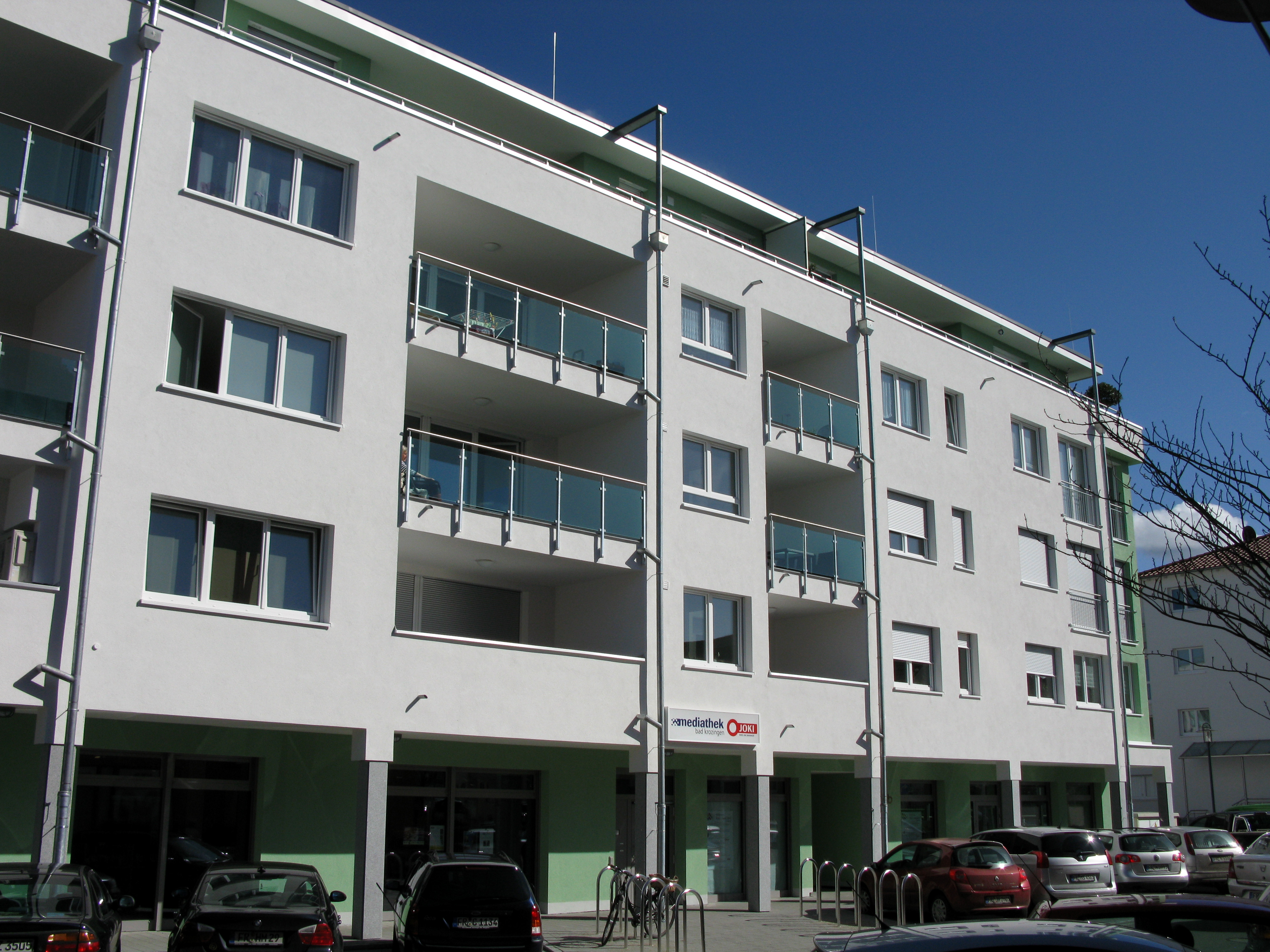 File:Mediathek Bad Krozingen.jpg - Wikimedia Commons