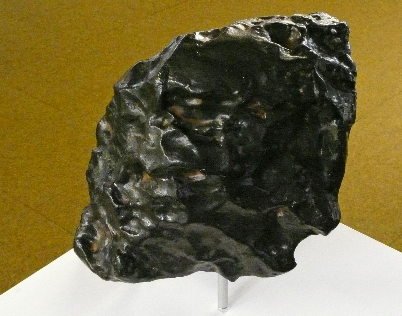 ملف:Meteorit von Treysa Abguss 1.JPG - ويكيبيديا