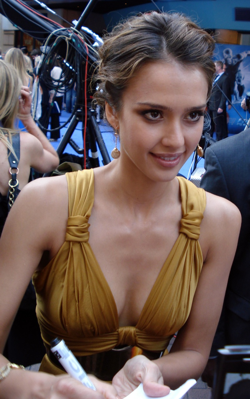 File:Modification de Jessica Alba at Fantastic Four- Rise London