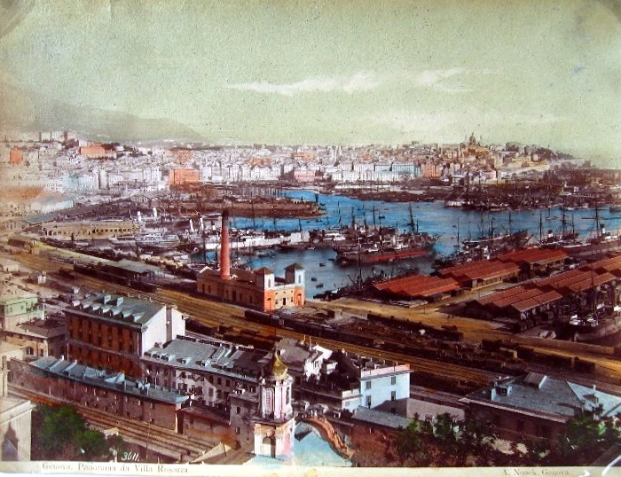 Vue sur les hangars du port de Gènes début 1900.