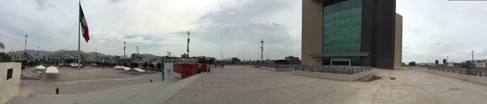 Panorama de la Plaza Mayor de Torreón.
