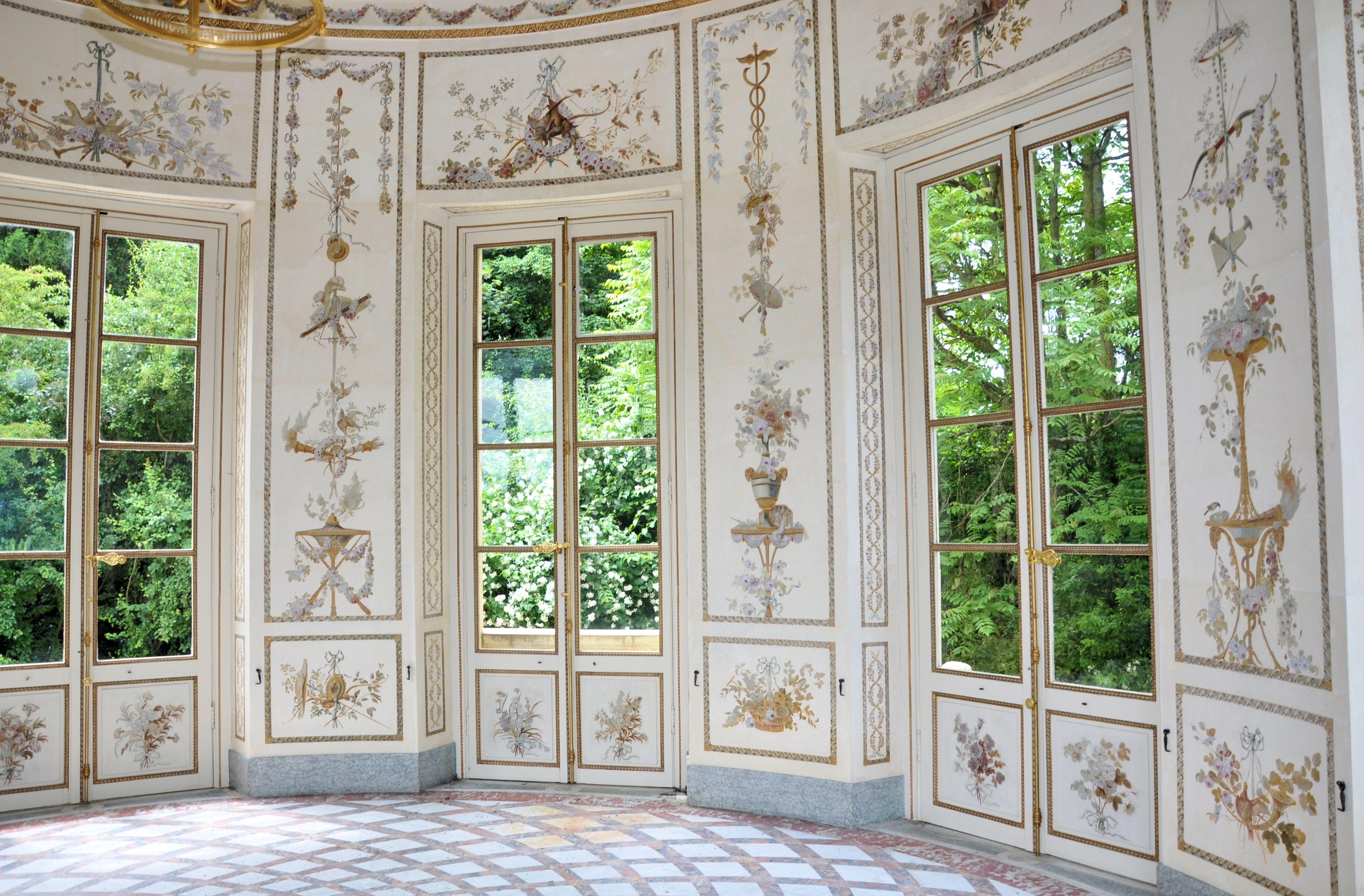 File petit trianon belv d re salon int for Salon de versailles 2016