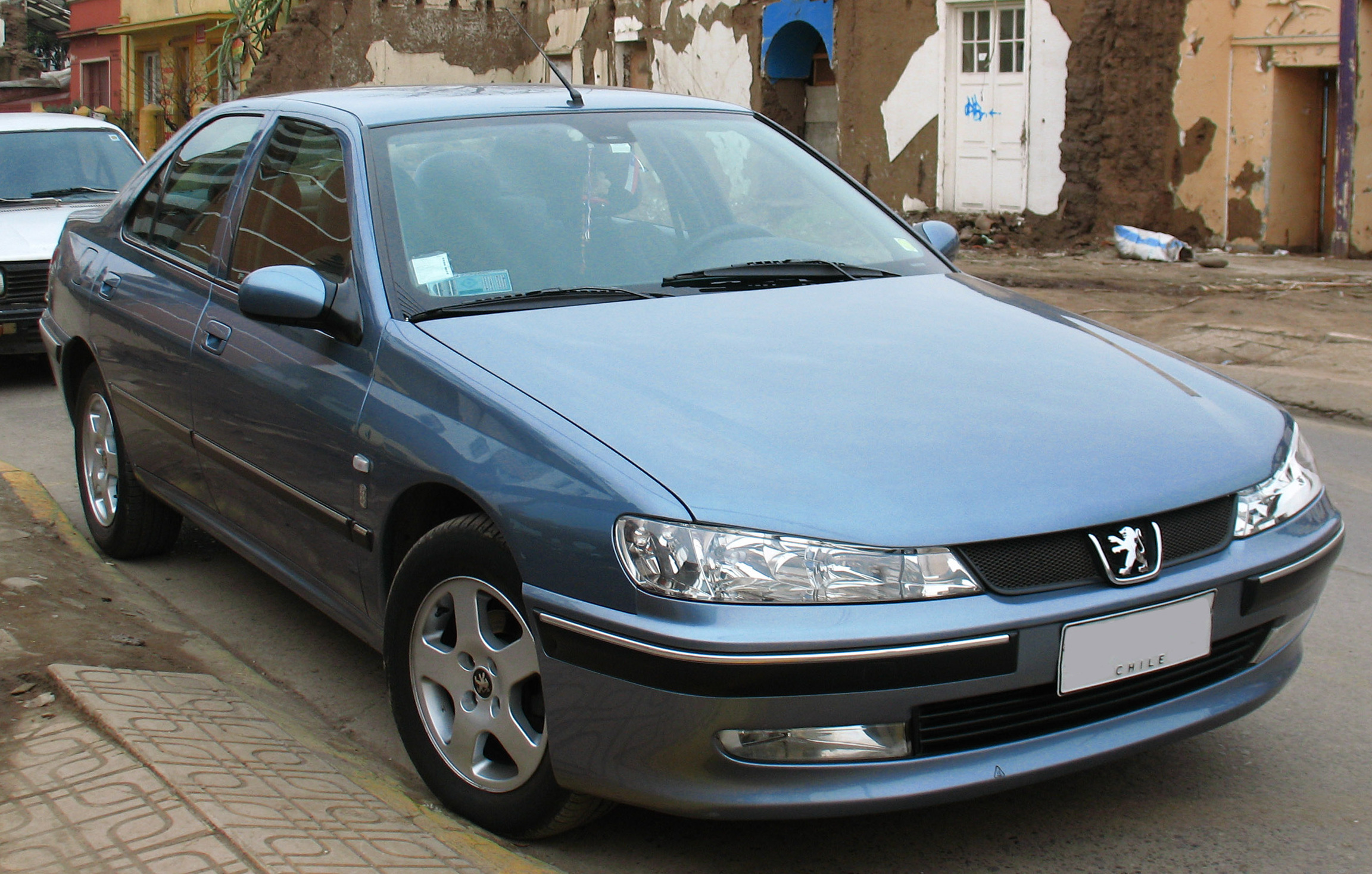 File:Peugeot 406 ST 1.8 2002 (12759197403).jpg