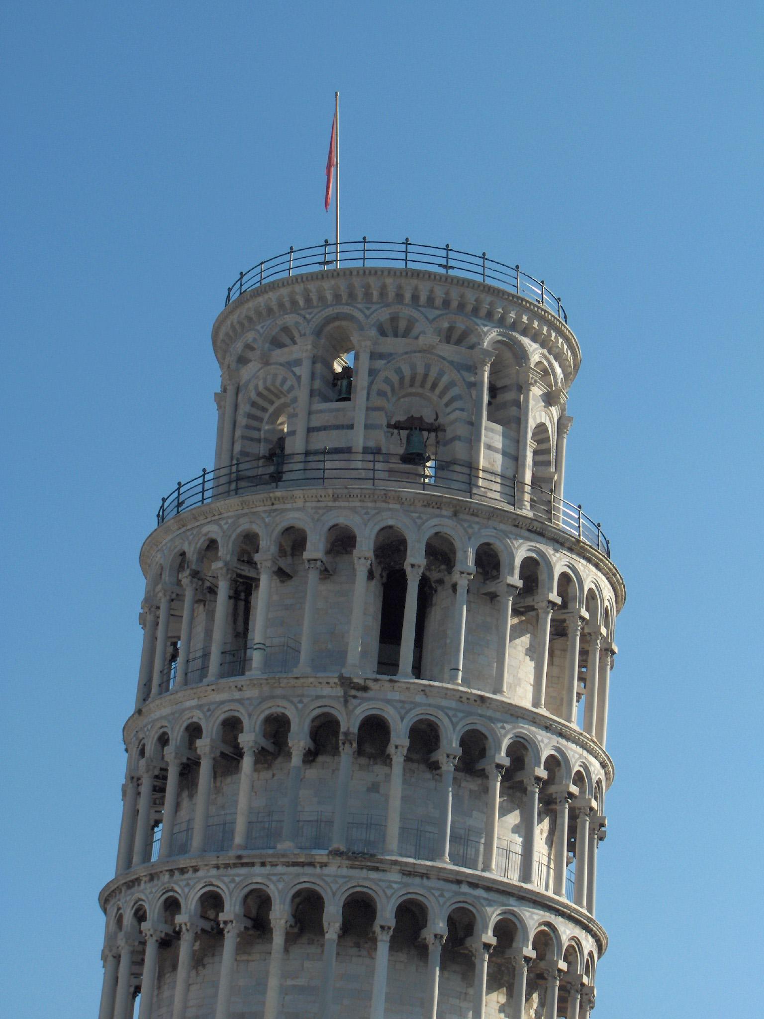 Resultado de imagem para pisa tower