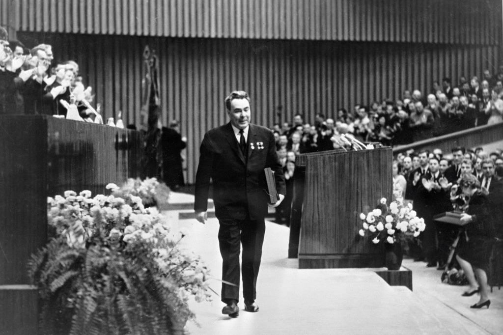 RIAN archive 36535 Secretary general of the CPSU Central Committee Leonid Brezhnev after speaking at the VLKSM Central Committee plenary session.jpg