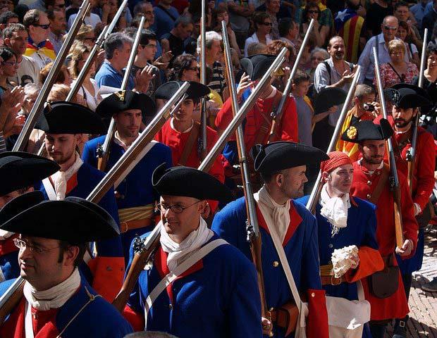 Archivo: Recreacion-historica-ejercito-cataluña-1714 (3) jpg.
