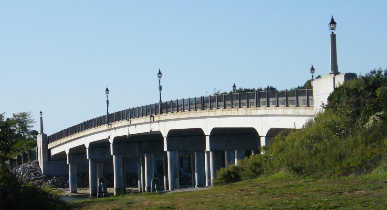 Description Sag Harbor Bridge