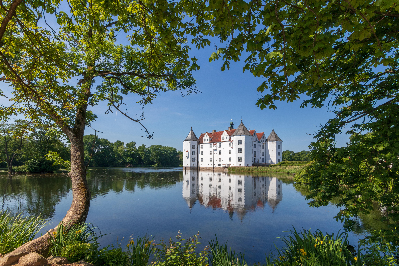 Schloss_Gluecksburg_msu_2018_-7111.jpg