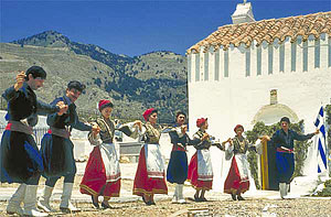Cretan dancers of traditional folk music Sfakia-dance.jpg