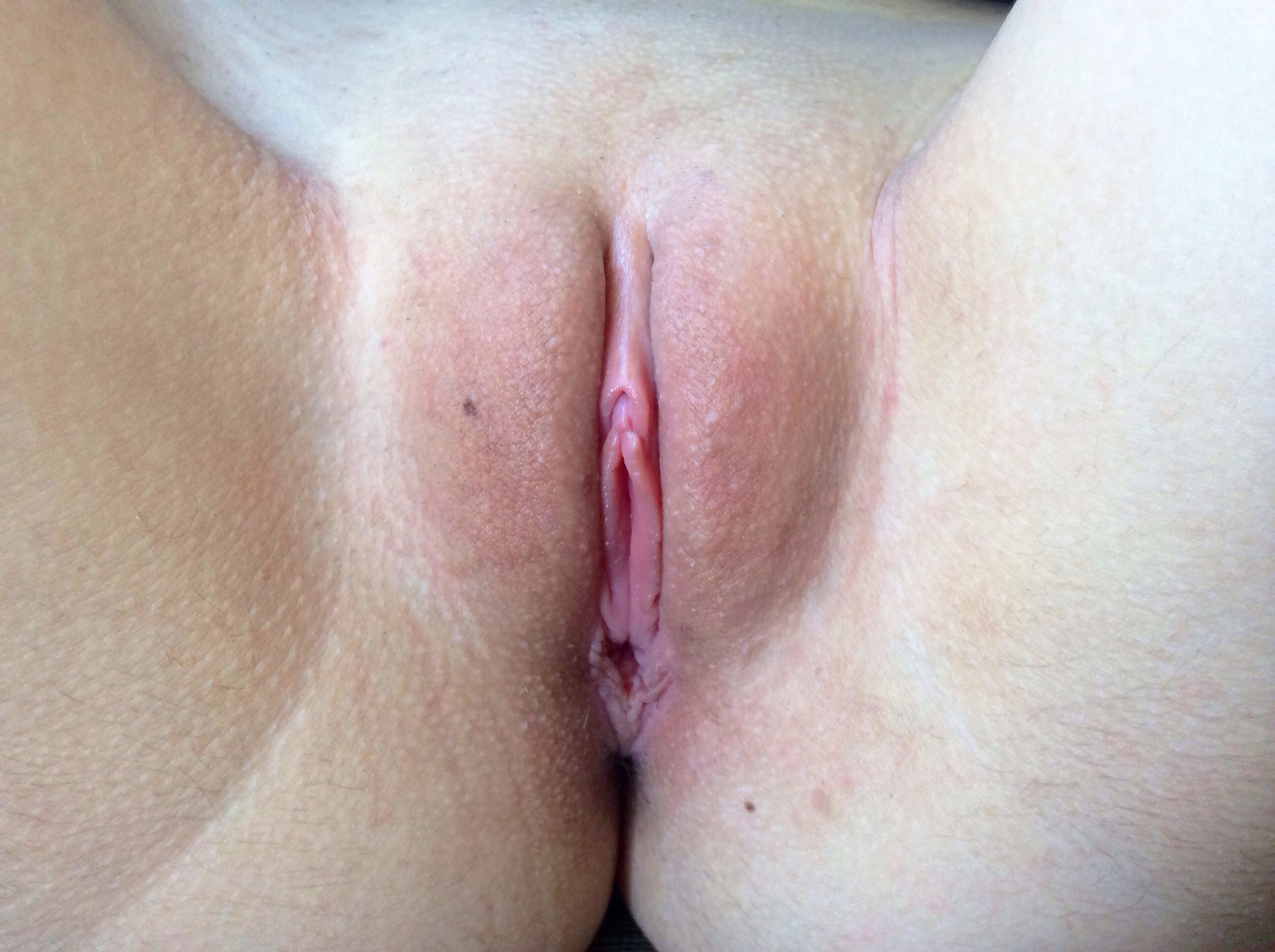 file:shaved vulva - wikimedia commons