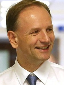 Simon Stevens (healthcare manager)