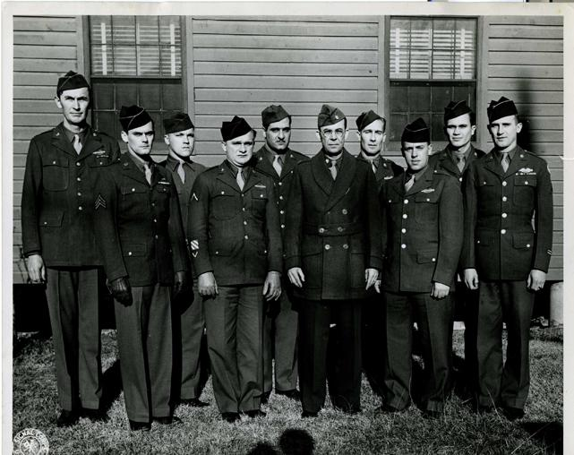 File:Soldiers at Camp Butner in 1947.jpg