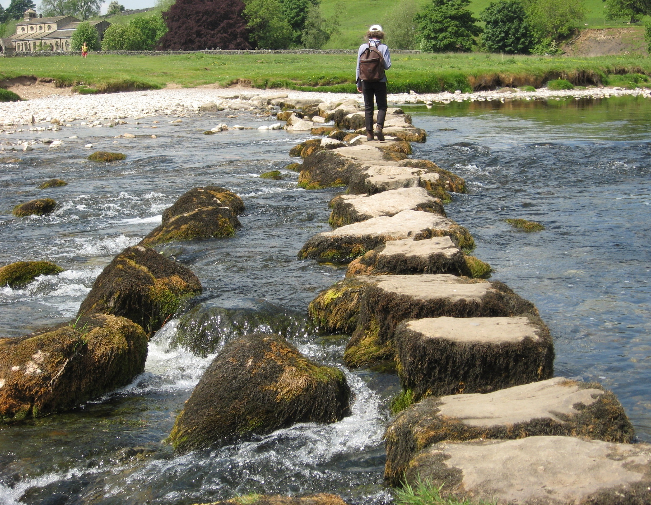 File stepping stones wikimedia commons for What are river stones