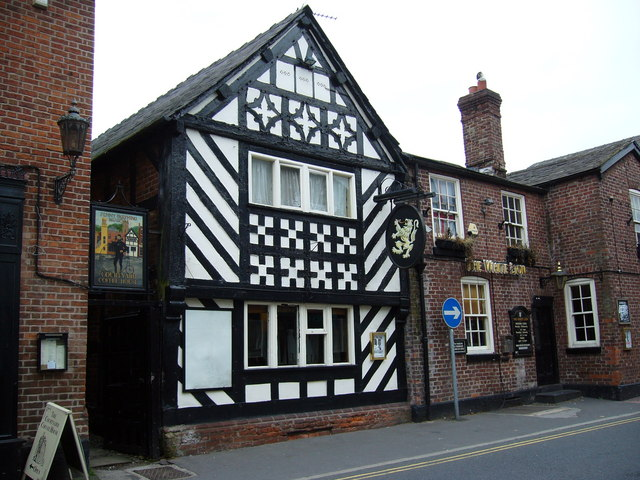 The White Lion, Knutsford - geograph.org.uk - 550929