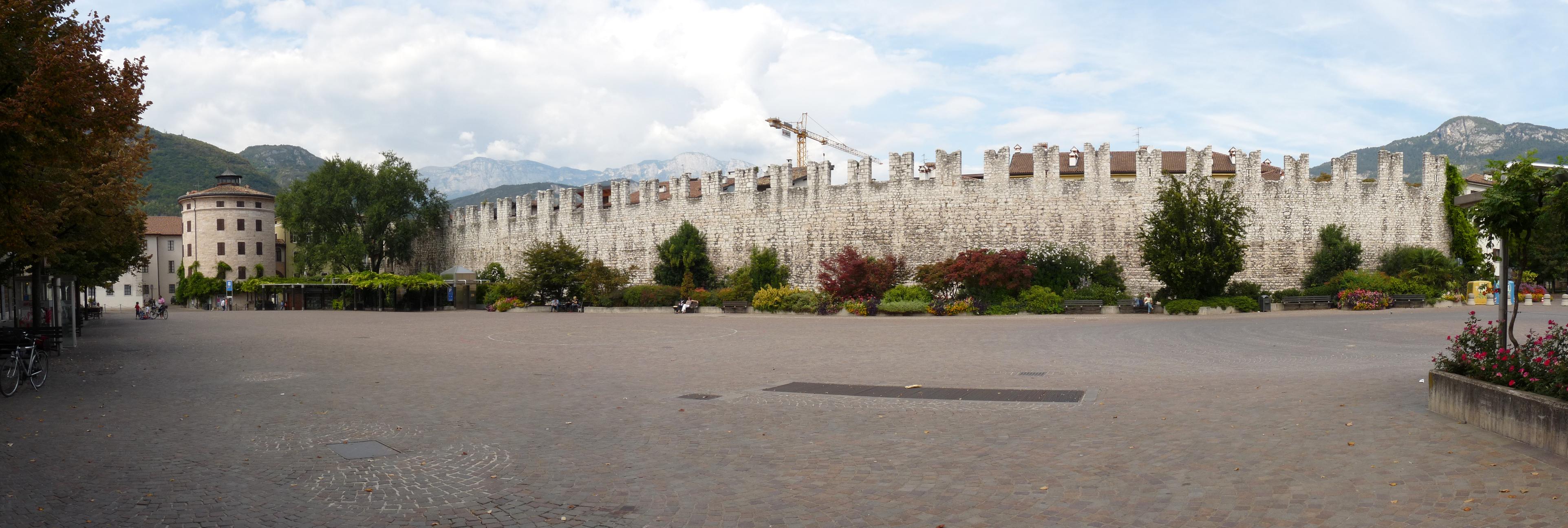 Trento Fiere Calendario.Mercatino Di Natale Di Trento Wikipedia