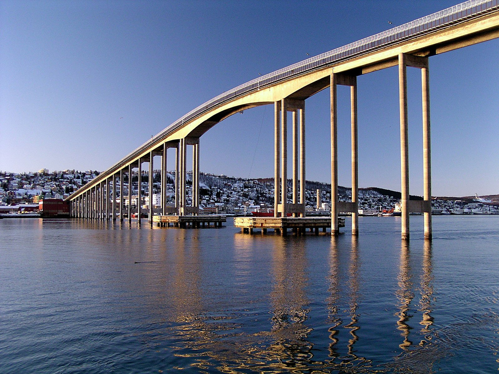 Tromsø Bridge - Wikipedia