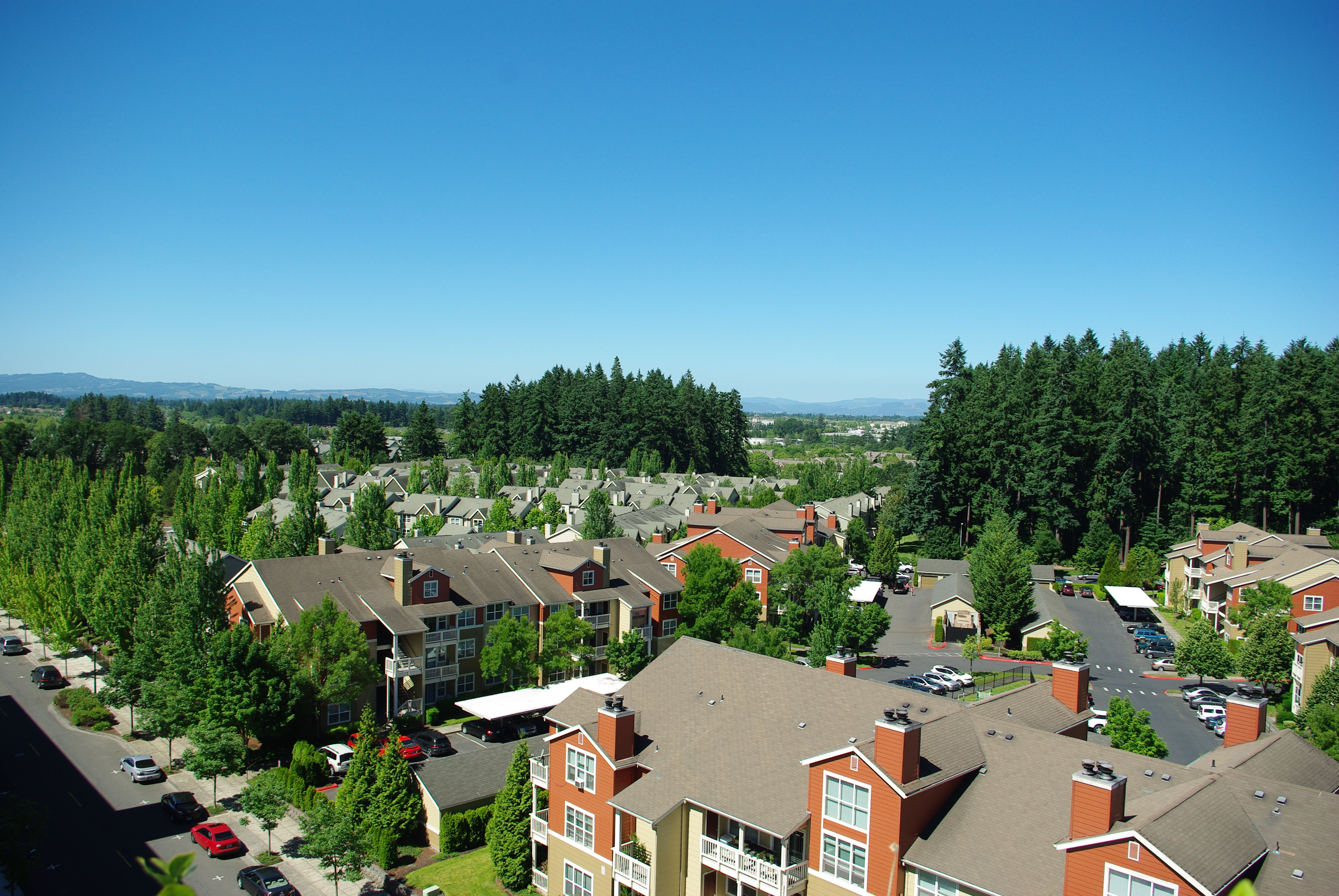 File Tualatin Valley Looking Sw With Palladia Apartments In Forground Hillsboro Oregon Jpg