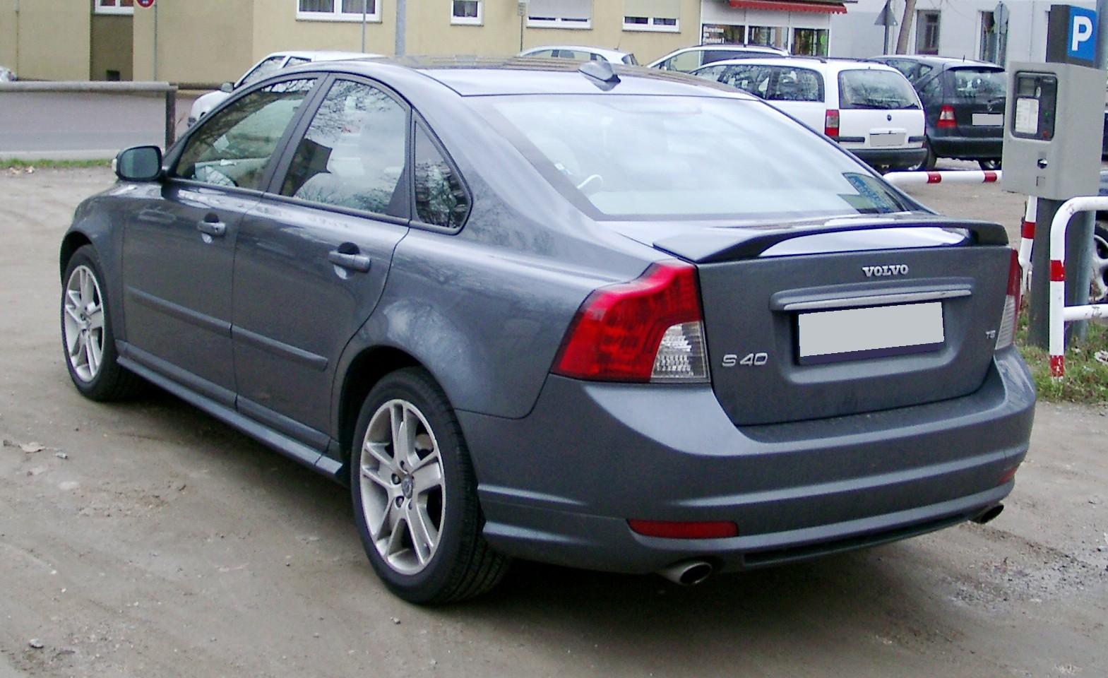 2007 2010 volvo s40 rear