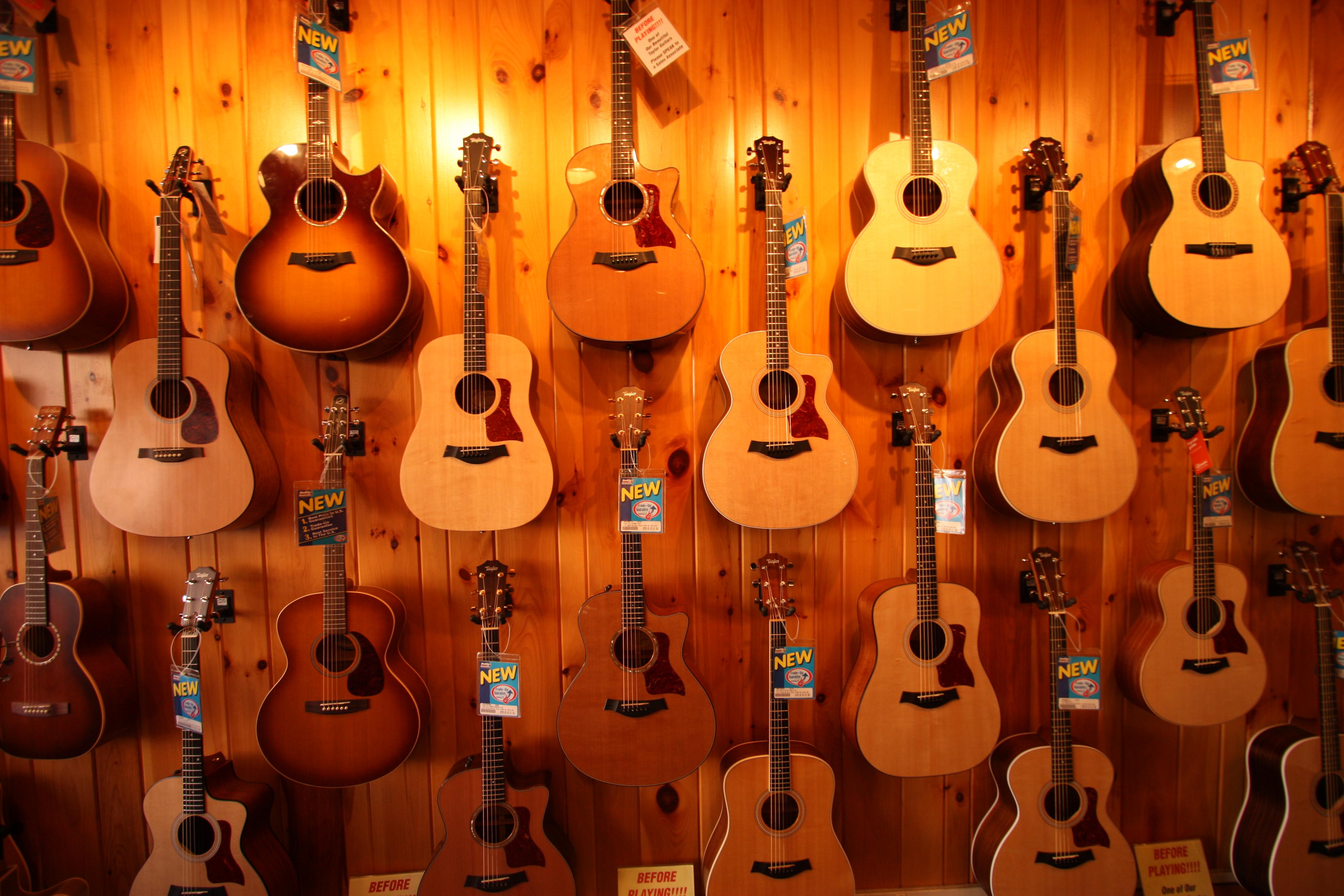 top 10 best acoustic guitars in 2014 reviews itdotng. Black Bedroom Furniture Sets. Home Design Ideas