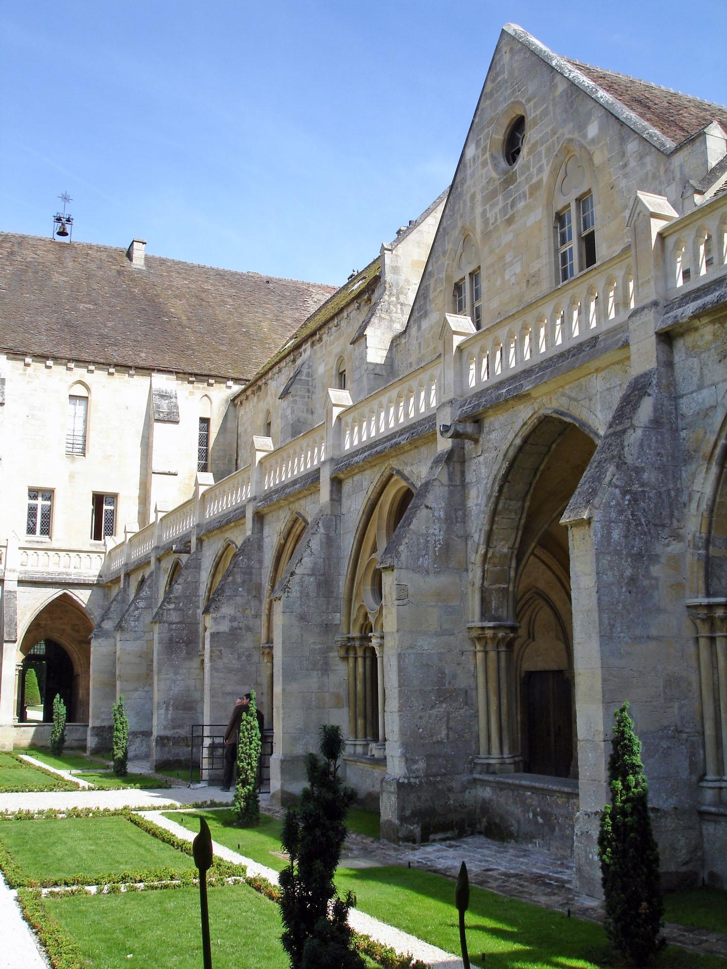 Photo De Galerie Exterieur fichier:abbaye de royaumont - extérieur galerie sud du