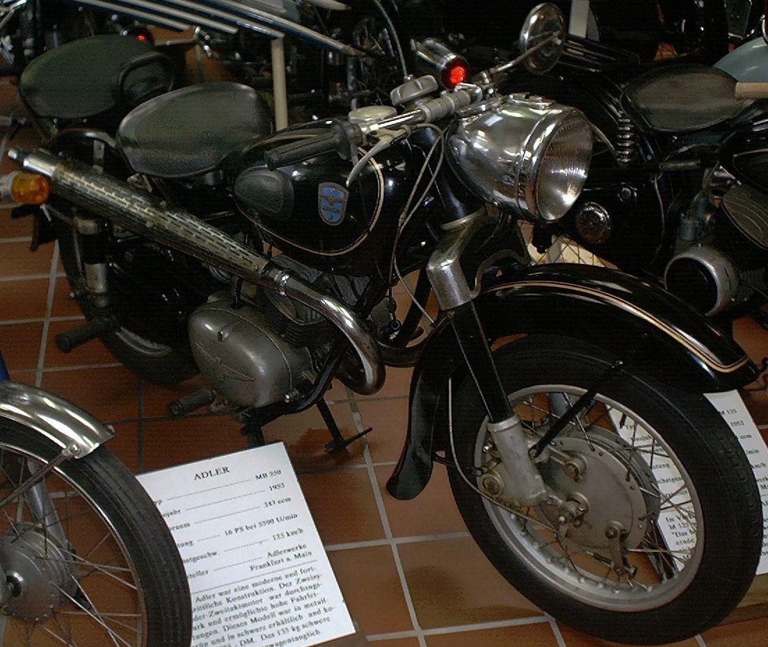 Adlerwerke die haben von 1902 1957 motorräder gebaut hier ein bild