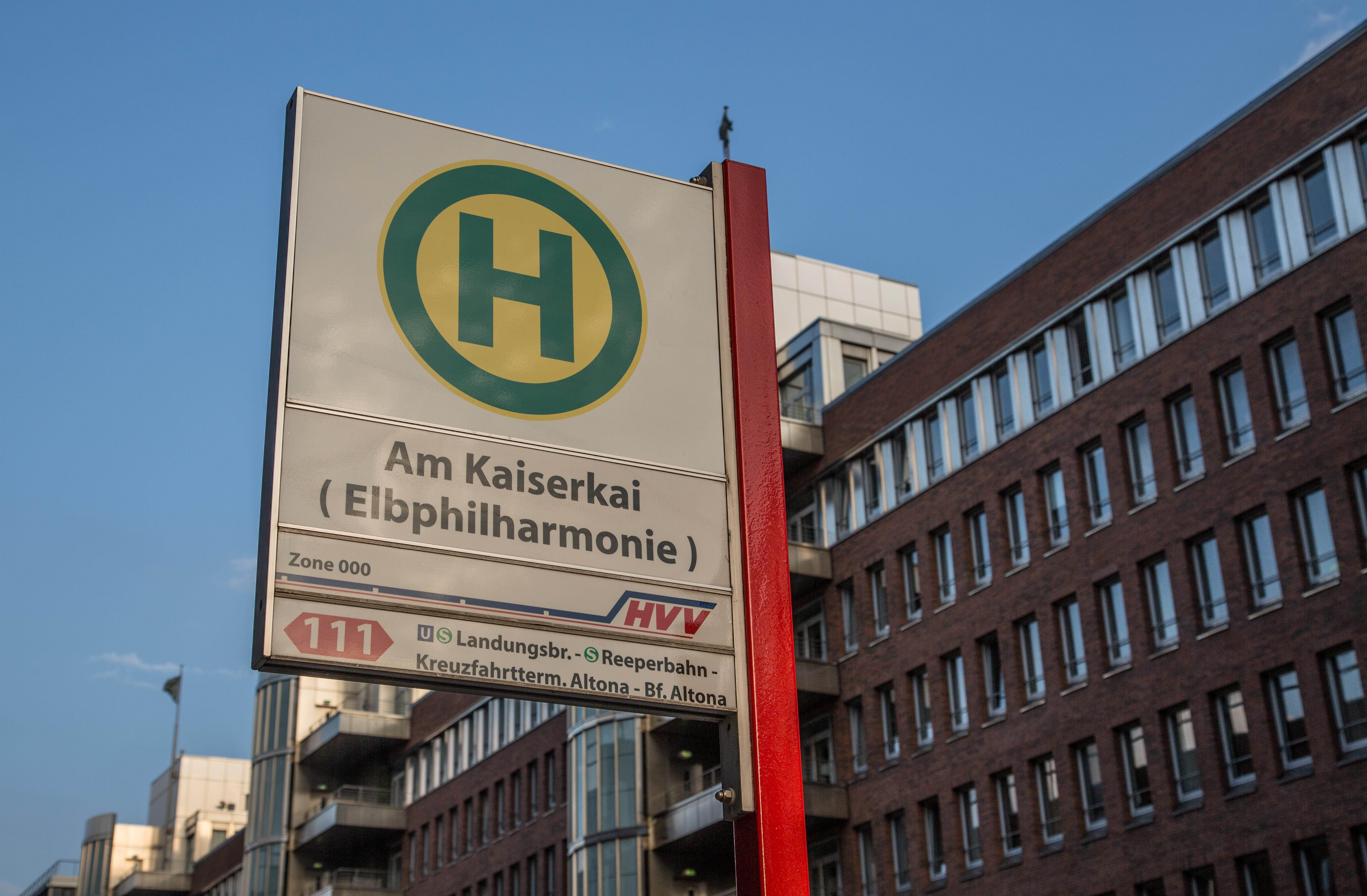 Bushaltestelle in der Nähe der Elbphilharmonie