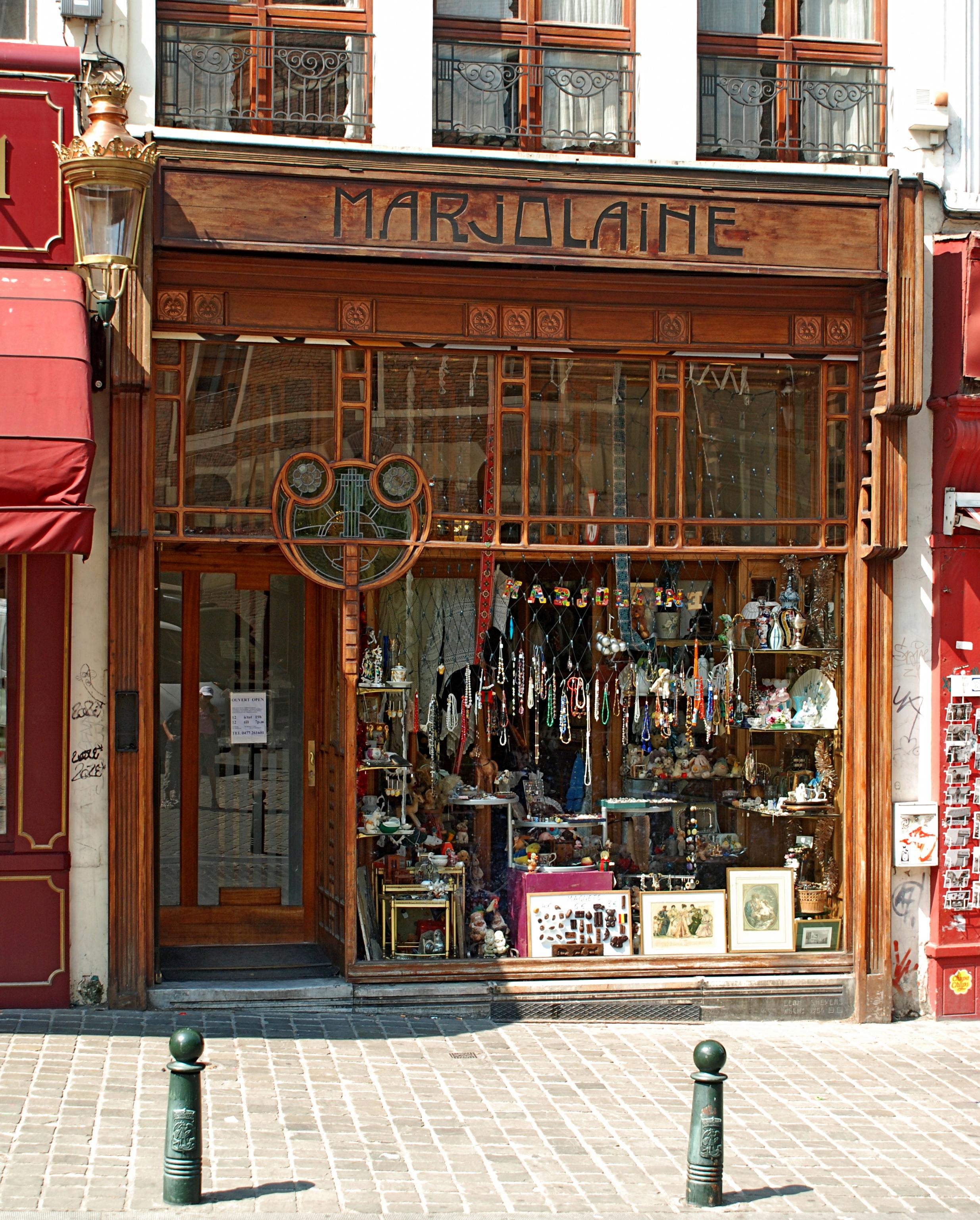 magasin belge magasin bulgare en belgique with magasin belge cool magasin de meuble hainaut en. Black Bedroom Furniture Sets. Home Design Ideas