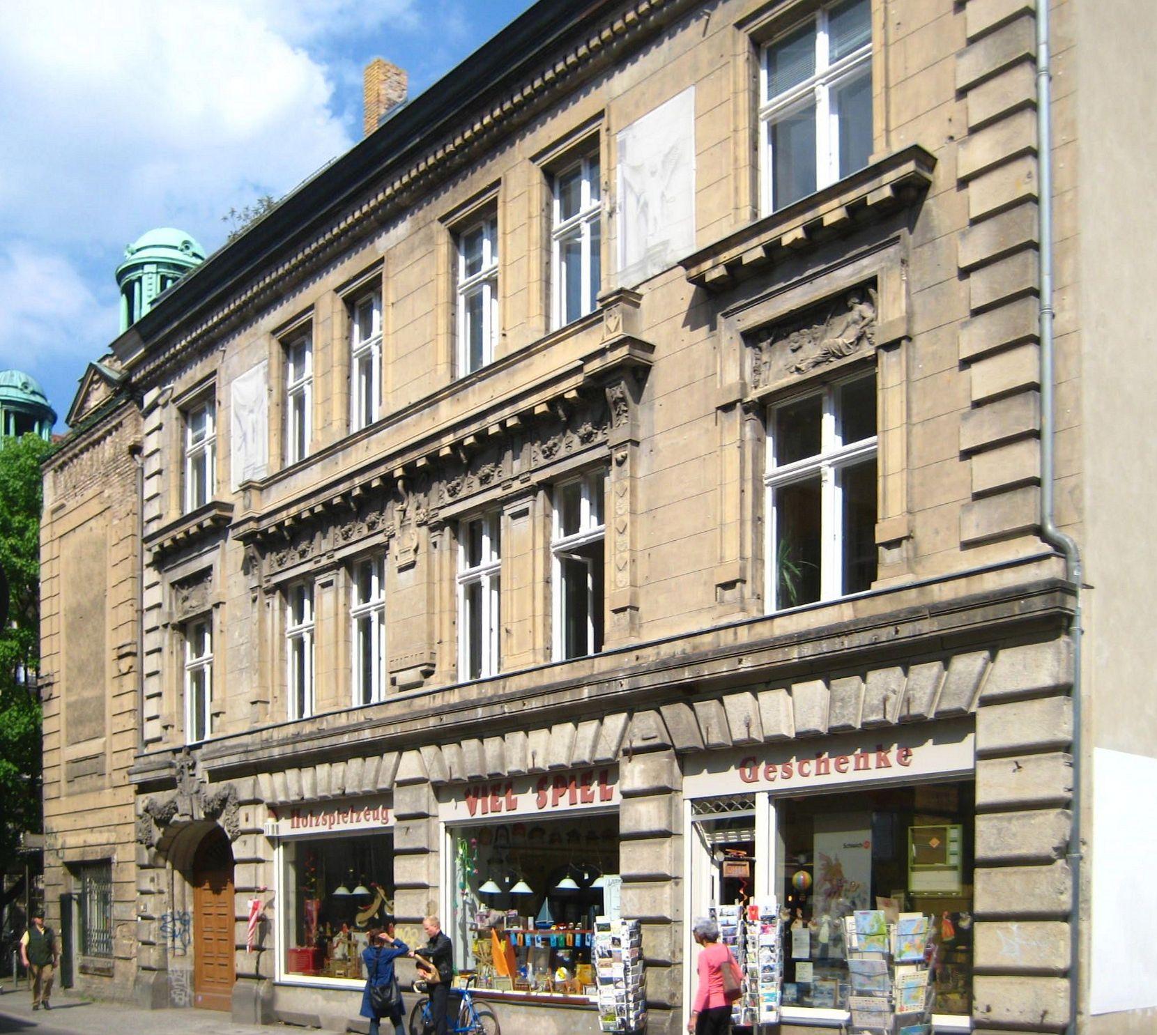 Große Diesdorfer Straße : file berlin mitte grosse hamburger strasse 28 wikimedia commons ~ Watch28wear.com Haus und Dekorationen