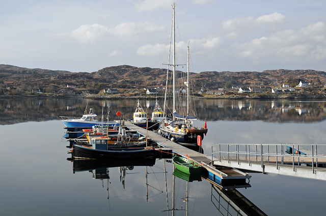 File:Boats at Jetty Lochinver Harbour - geograph org uk