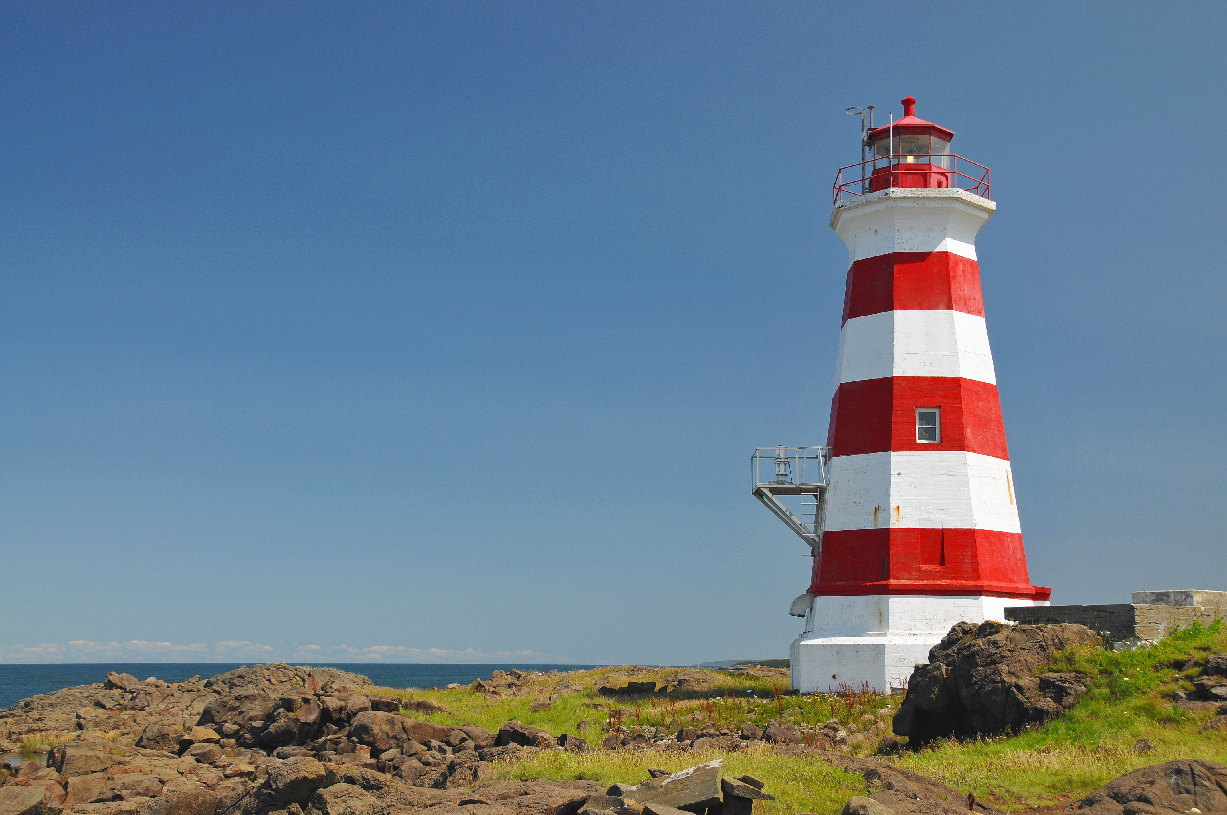 File:Brier Island Lighthouse (1).jpg - Wikimedia Commons