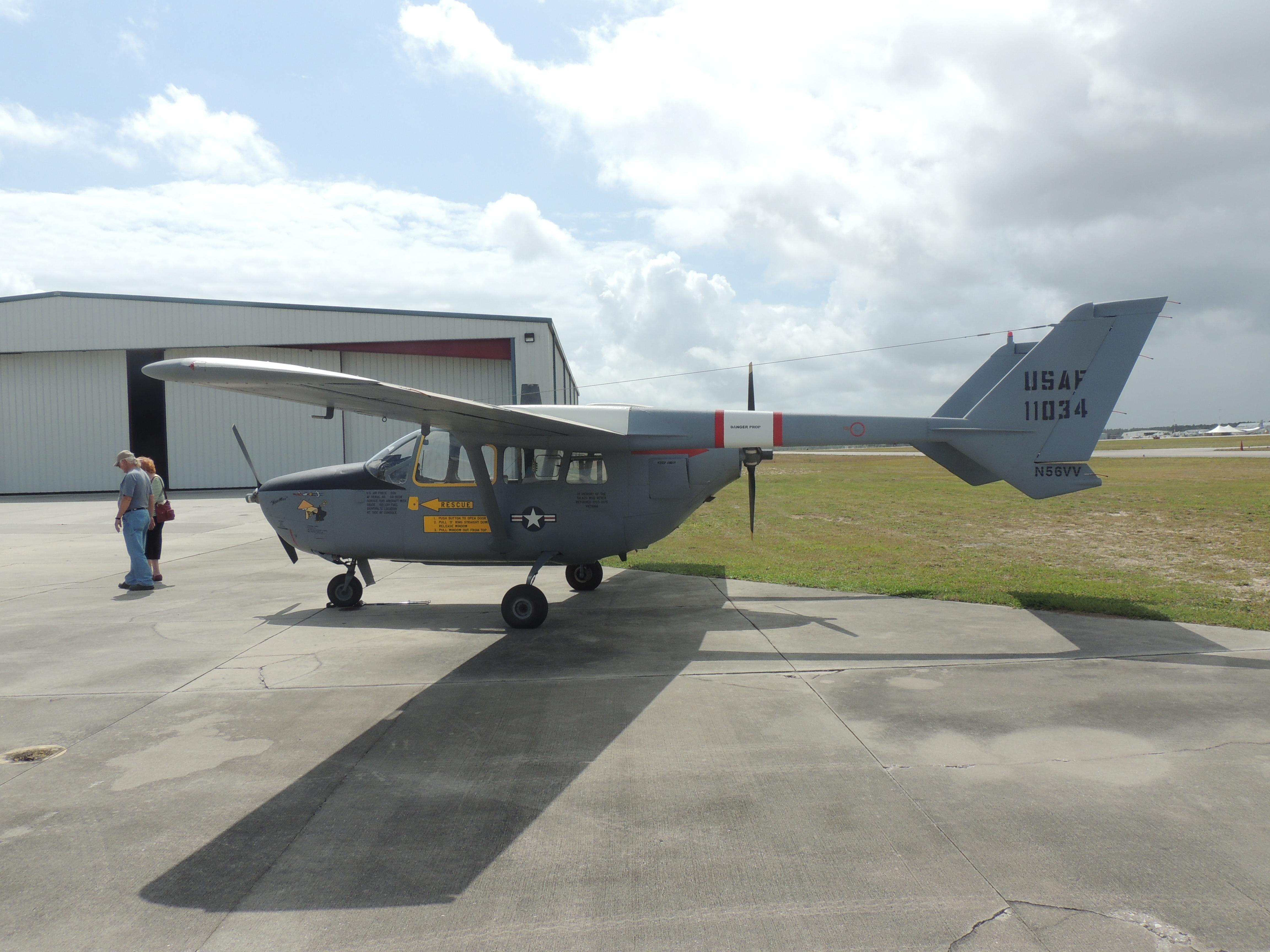 Cessna 336 / 337 Skymaster - Wikipedia, la enciclopedia libre