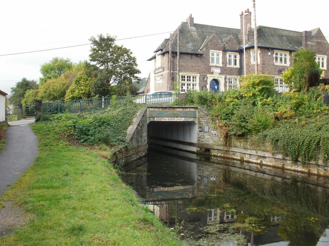 Crown Bridge, Sebastopol. Pontypool - geograph.org.uk - 1577134
