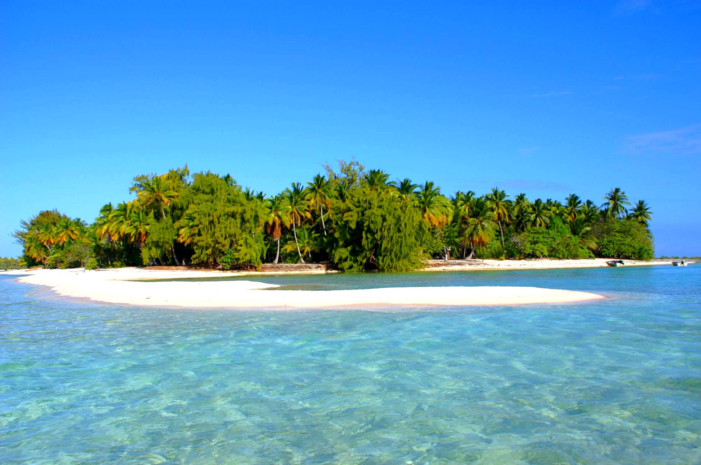 Best South Pacific Island For Honeymoon