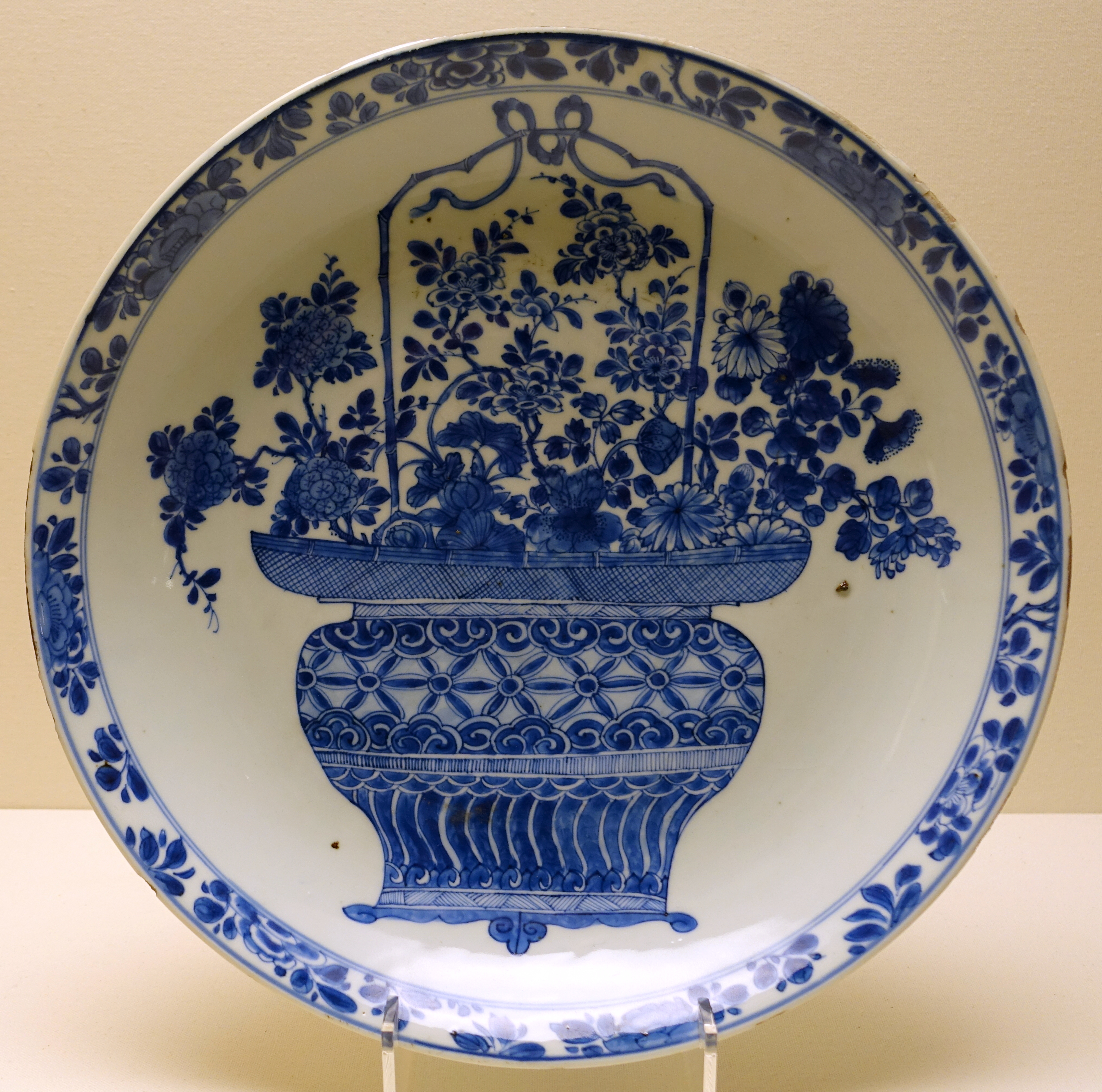File Dish With Flower Basket China Qing Dynasty Kangxi Period 1662