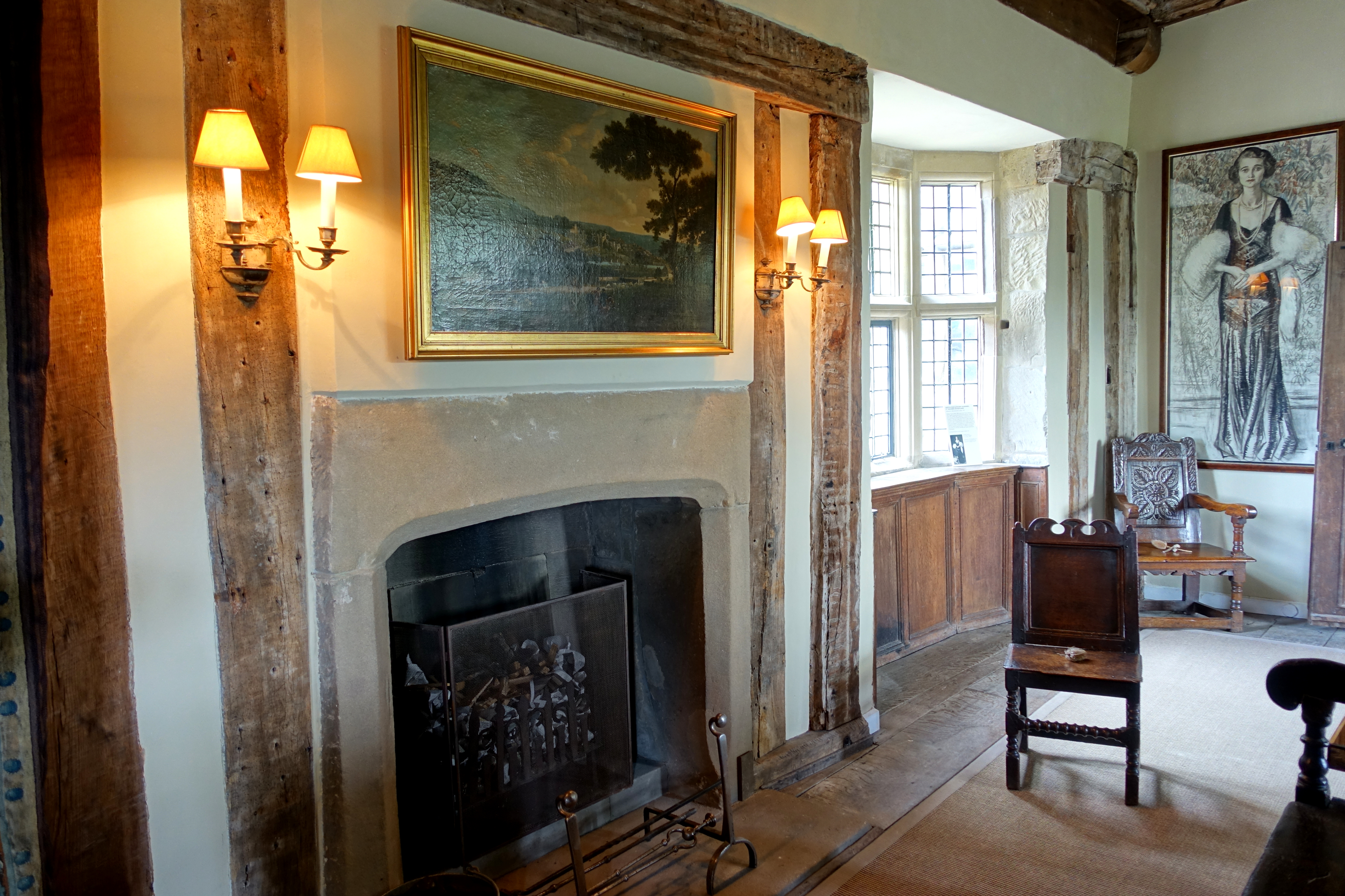File:Earl\'s Apartments, Haddon Hall - Bakewell, Derbyshire, England ...