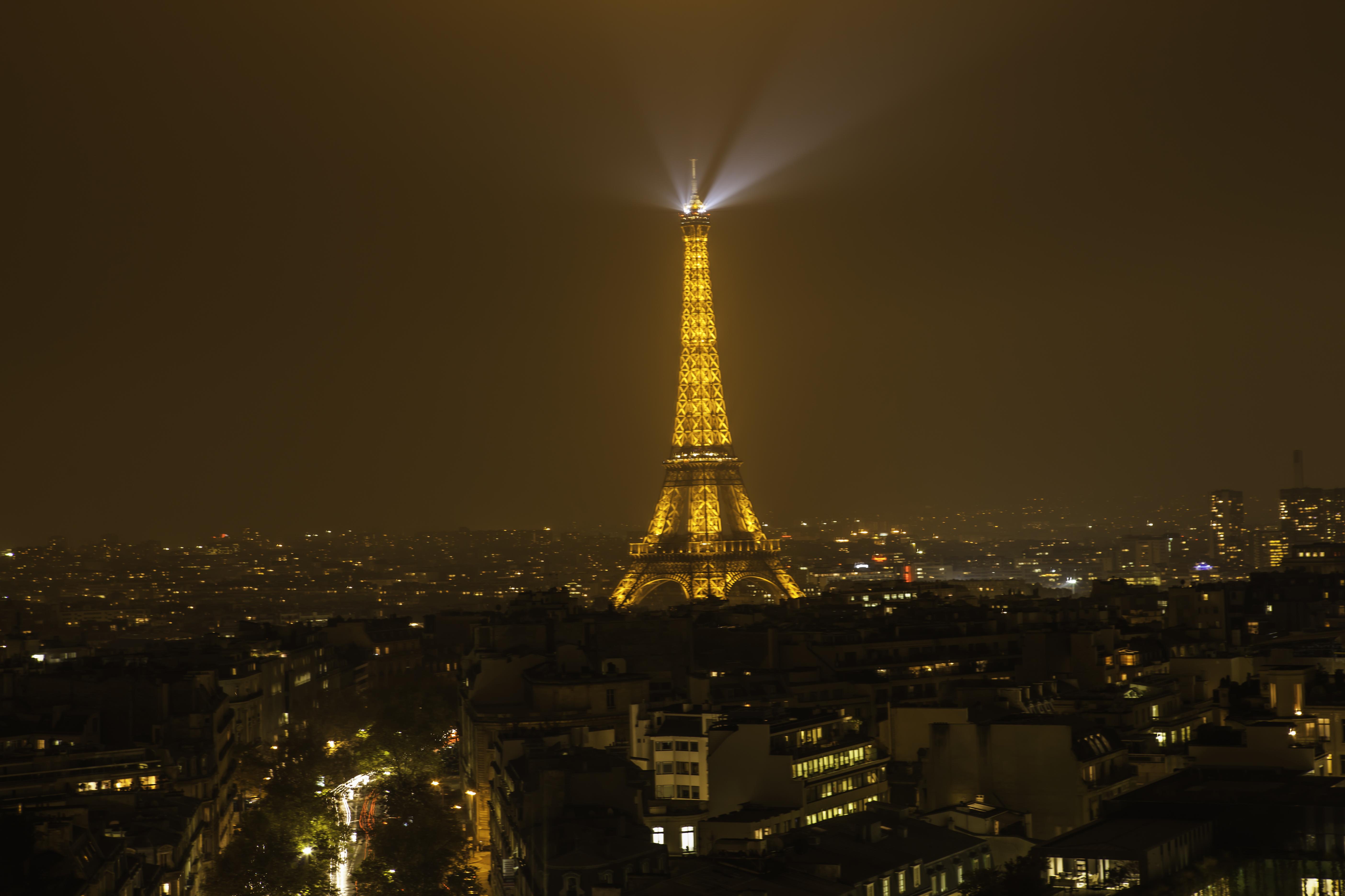 Night light wikipedia - File Eiffel Tower In Cityscape Of Paris At Night Light 8210912882 Jpg