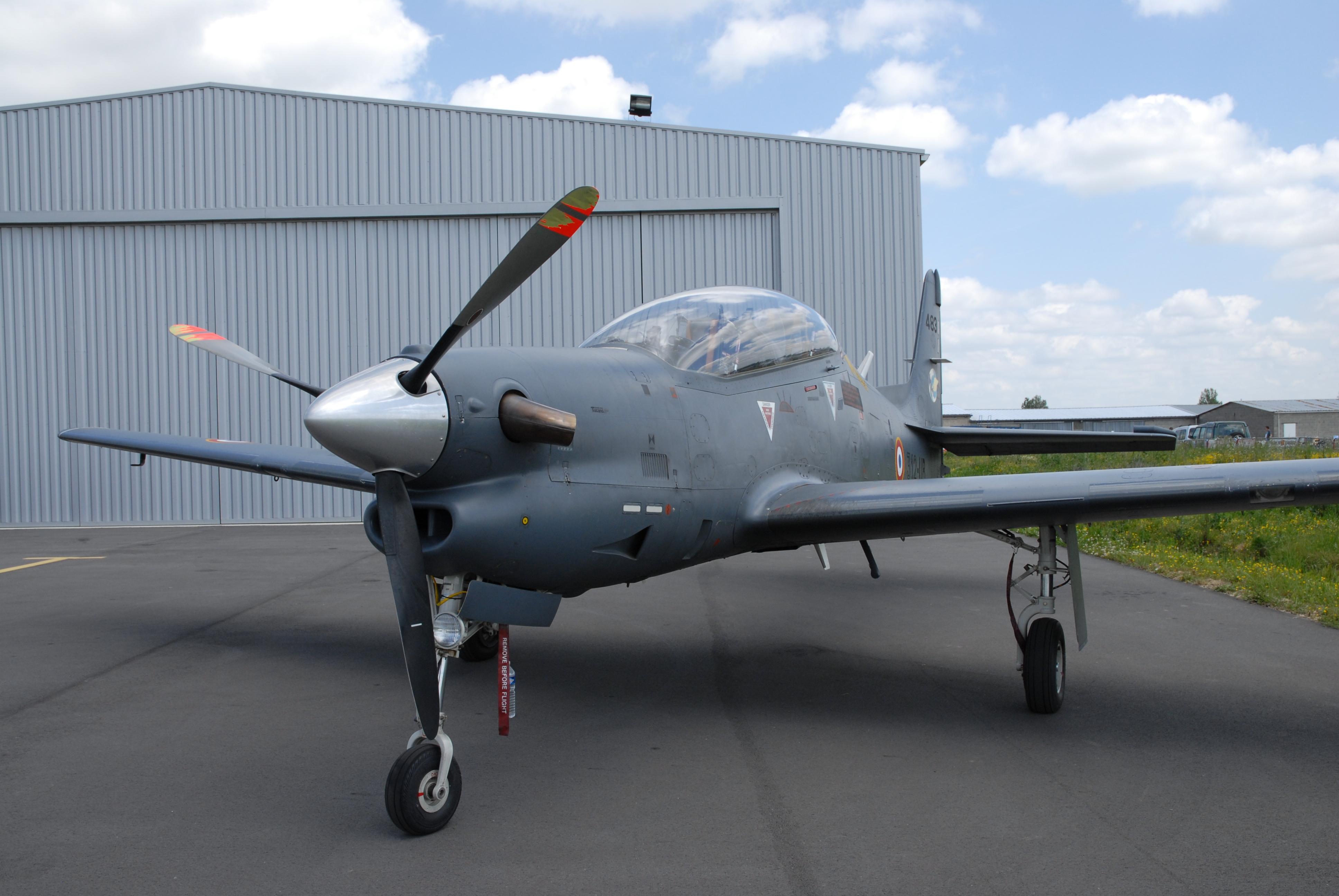 Fuerza aerea argentina Aviones y Helicopteros