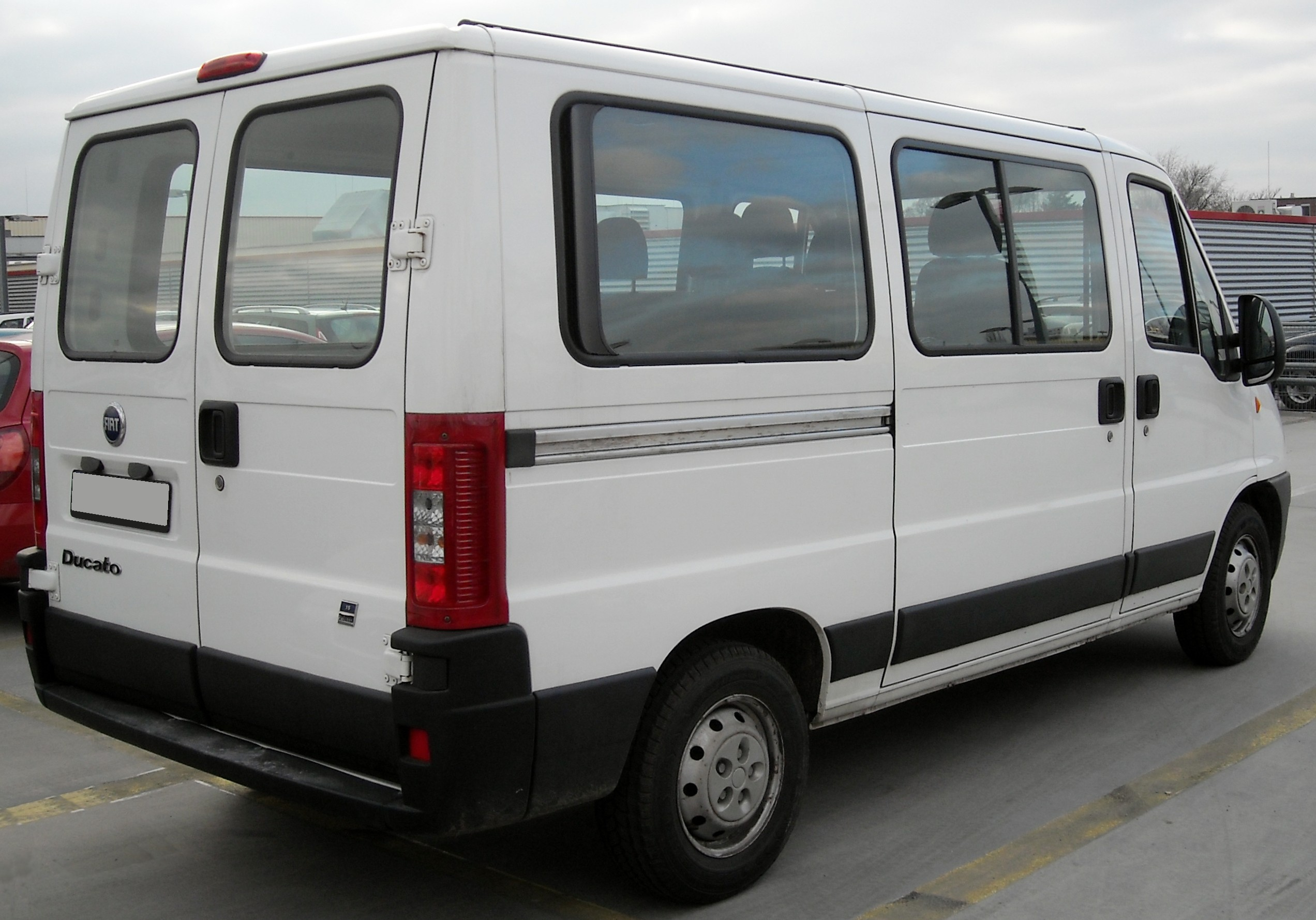 Fiat Ducato Ii Facelift Rear View
