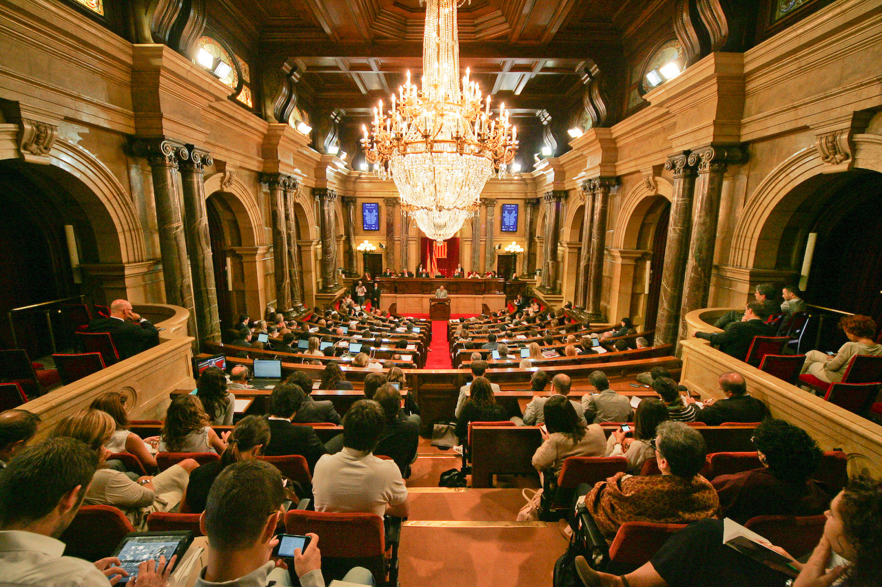 Parlamento de catalu a wikiwand for Parlamento it