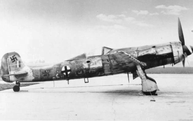 Un avion de chasse - 3 2